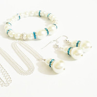 Maid of Honor Jewelry / Turquoise and White Pearl Necklace, Bracelet, and Earring Set / 3 Piece Wedding Set / Bridesmaid Jewelry Set