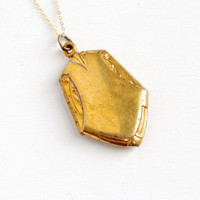 Vintage Gold Tone Art Deco Locket- 1930s 1940s Gold Filled Chain Swirled Repousse Costume Jewelry