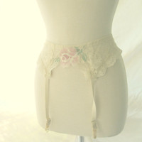 Vintage Lace Rose Garter Belt Size Small
