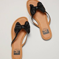BC Footwear Goes To Show Ya Flip-Flop | American Eagle Outfitters