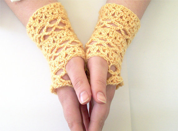 Lace fingerless gloves crochet pattern from onestitch on etsy