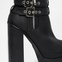 New Look Chrysler Chunky Platform Heeled Ankle Boots