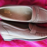 SAS SHOES TRIPAD COMFORT EASIER  BEIGE LEATHER LOAFERS!S 6.5 N /37 !MADE IN USA