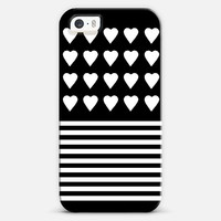 Heart Stripes White on Black iPhone 5s case by Project M | Casetify