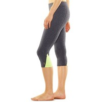 Lucy Uplifting Capri Active Legging - Women's
