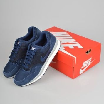 Nike Air Safari - Navy