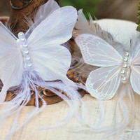 OFF WHITE Butterfly Stunning Hair Comb Feathers - Ivory Pearls. Cocktail Bridesmaid Fashion, Statement Autumn, Garden Party Masquerade Fairy