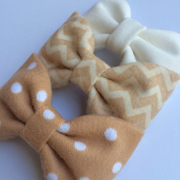 Perfect flannel collection of hair bows by Seaside Sparrow.  Sweet, yet edgy, perfect little bows.