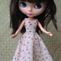 50's Vintage Style for Blythe - Cream and Pink Floral Dress