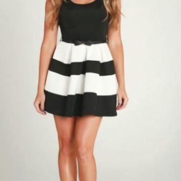 Black & White Striped Open Back Flared Dress w/ Bow Belt