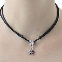 Spider necklace web pendant halloween jewelry adjustable closure