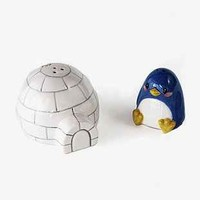 Penguin And Igloo Salt + Pepper Shaker Set - Urban Outfitters
