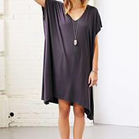 Truly Madly Deeply Arya V-Neck Tunic Top- Black