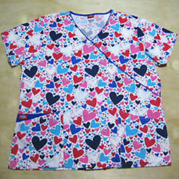 DICKIES SCRUB TOP size Large 2 Pockets COLORFUL HEARTS Print BLUE/PINK Uniform