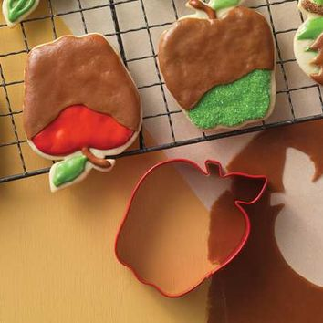Apple Cookie Cutter – 2.5""