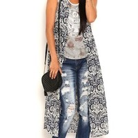 Sleeveless Damask Print Duster