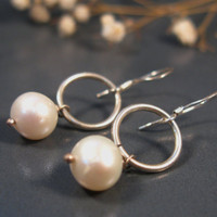 Bridal pearls earrings, sterling silver fresh water pearl halo earrings, bridal jewelry collecion
