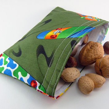 Reusable snack bag - Skateboard green sports boy kid teen party favor ecological food storage pouch - Sac collation - Ready to ship
