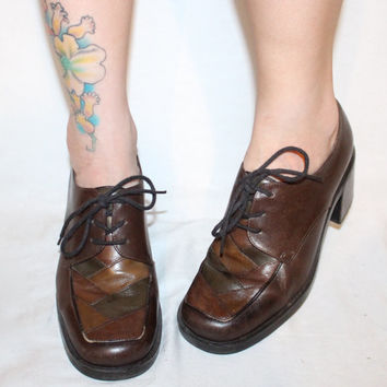 Vintage Brown OXFORDS, 90s LEATHER Chunky Heel COLORBLOCKING Rounded Toe Size 7 / 37.5