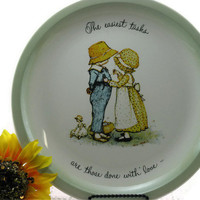Vintage Holly Hobbie Collectors Plate 1972 &quot; The easiest tasks are those done with Love&quot;