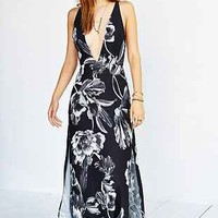 Keepsake More Than This Maxi Dress - Urban Outfitters