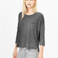 Three-quarter sleeve faded tee