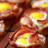 I am. A Food Snob / Bacon and Egg cups
