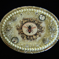 Belt Buckle French Bee Frame