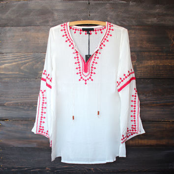white gauze free spirited bohemian embroidered tunic