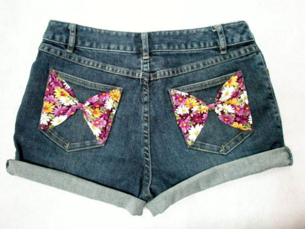 Highwaisted Floral Bow Shorts