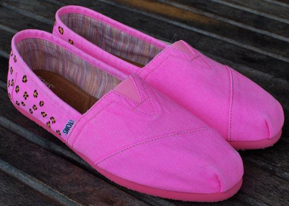 Cheetah Print Pink Palmetto TOMS shoes