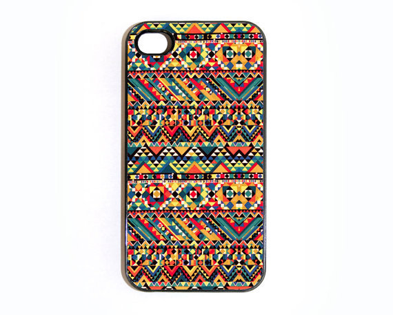 Apple iPhone 4 4G 4S 3D Printed Matte  Case Skin Cover Unique Aztec Pattern Design Available in Black or White Hard Case.