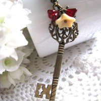 Key To My Heart Necklace - Antiqued.. on Luulla