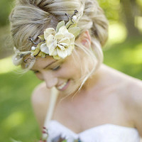 queen of the woods  natural crown ivory ribbons