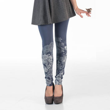 Cold gray leggings with black lace animal print