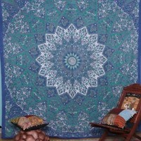 Kaleidoscopic Star Tapestry Intricate Floral Design Indian Bedspread Labhanshi