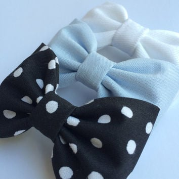 White denim, pale blue, and black and white dot hair bow lot from Seaside Sparrow.  This Seaside Sparrow set makes a perfect gift for her.