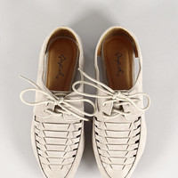 Woven Vented Cut Out Oxford Flat