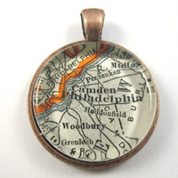 Philadelphia, Pennsylvania, Pendant from Vintage Map, in Glass Tile Circle