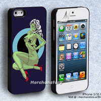 Zombie Pin Up Girl iPhone 5 or 5S Case