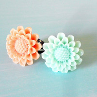 Sunflower Shabby Chic Adjustable Ring in Summer Pastel Colors: Mint Green & Peach - You Pick ONE Color - from the Vintage Garden