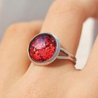 Sparkling Red Ring - Glass Cabochon.. on Luulla