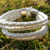 Simple Style White Leather Woven Bracelet  20A