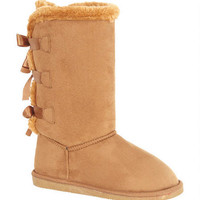 Quinn Bow-Back Boots