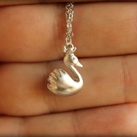 Royal Swan Necklace in Matte Silver