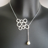 SALE 10% OFF - Circles and pearl lariat in white gold