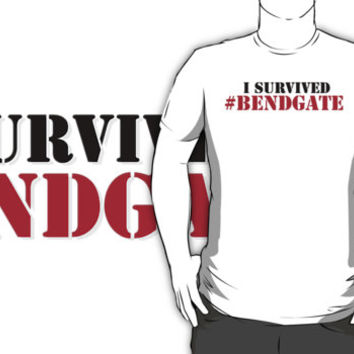 Hilarious Limited Edition 'I survived #bendgate' iPhone 6 Comedy T-Shirt