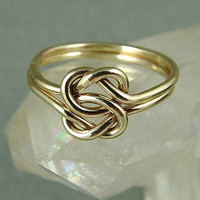 Gold Love Knot Ring / Mother Daughter Ring  / Gold Ring / Sisters Ring / Commitment Ring / Friendship Ring