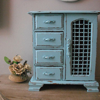 gorgeous upcycled AQUA Jewelry box ... shabby chic cottage ... blue turquoise