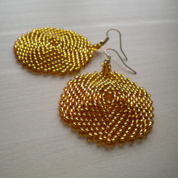 Gold earrings, sparkling earrings,  big disk shaped earrings, yellow earrings, golden earrings, peyote beaded earrings